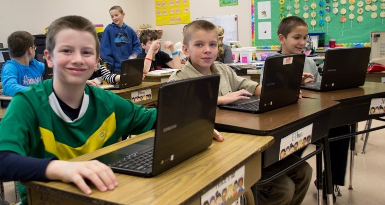 Is-Google-Using-the-Chromebook-to-Data-Mine-Our-Kids-at-School-Image-via-Flickr-by-kjarrett-e1423513377989-750x400-750x400